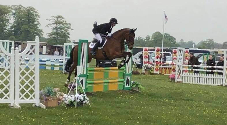 LARRISTON BAILEY RED DOES A DOUBLE CLEAR WITH DAN AT MMCUP19